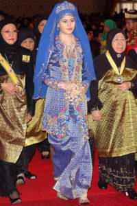 asian traditional royal blue wedding gown
