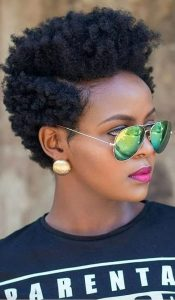 classy ladies Afro natural hairstyle with sunglasses - culturacolective