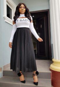 high waist maxi skirt with long sleeve blouse