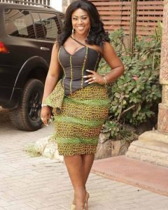ankara short skirt and blouse for young celebrity ladies
