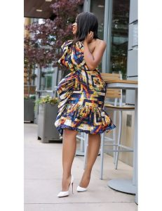 short ankara gown with one sleeve for curvy ladies