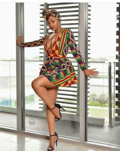 boob-revealing, low neck, long sleeve ankara short flay gown style for slay queens, breast flaunting dress styles