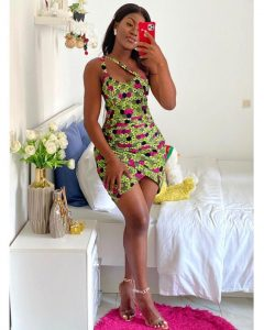 short sleeved, front-tilted ankara short gown style for curvy young ladies