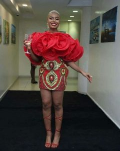 classy ladies ankara short gown style for wedding and party