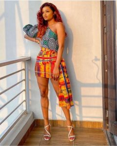 ankara short wrapper skirt style with one sleeve top for beauty queens