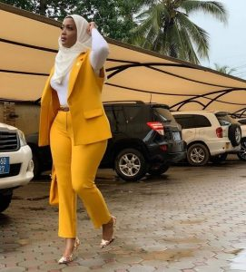 plain ankara trouser suit style for classy ladies