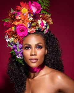beautiful floral fascinator headpiece style for carnivals and wedding