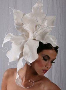 cute fascinator headpiece style for carnivals