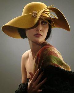 unique fascinator hat design