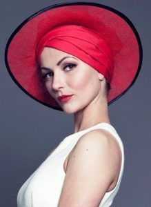 combination of fascinator auto head wear and hat