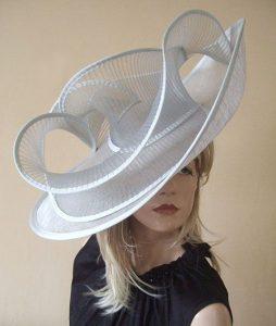 stylish fascinator hat style