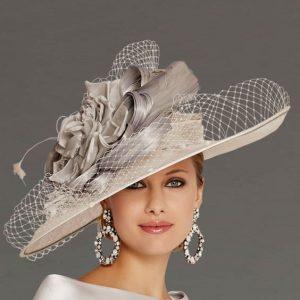 white ladies fascinator hat style, for short hair