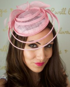 unique fascinator headpiece style for long hairstyles
