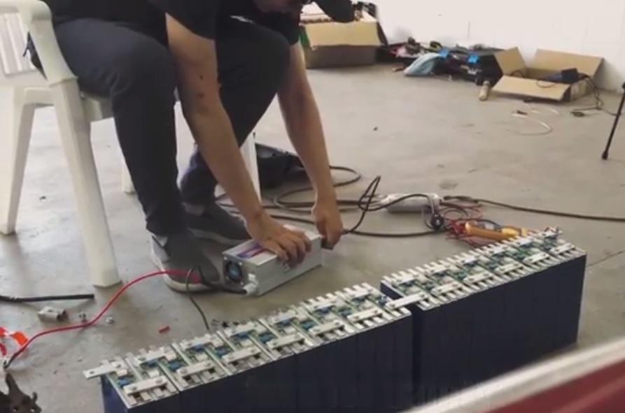 Balancing the 72V battery set
