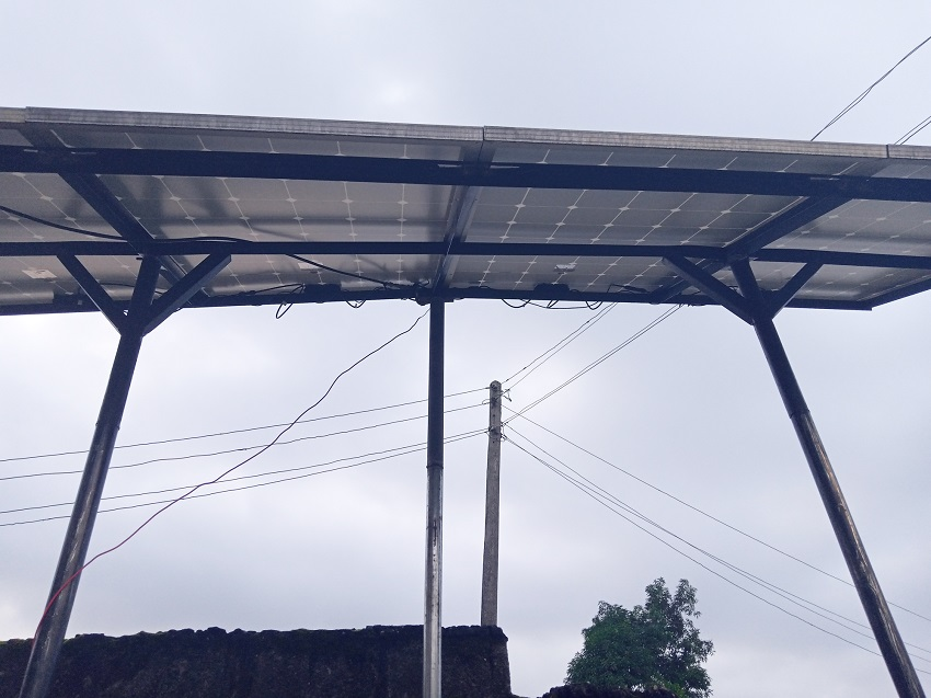 Bottom view of a standalone solar array