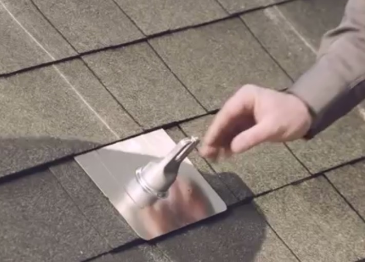 Fixing the flashings with the caps