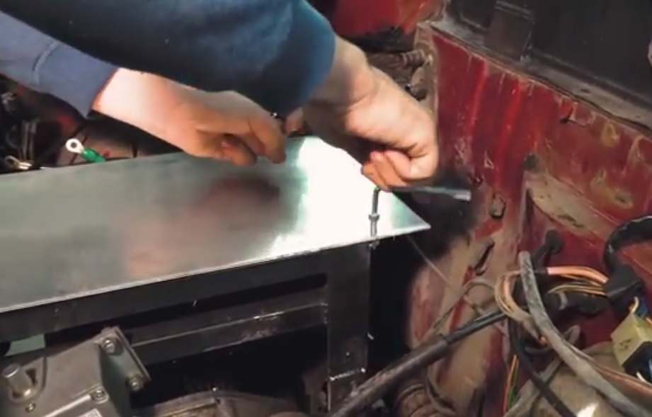 Installing the work plate